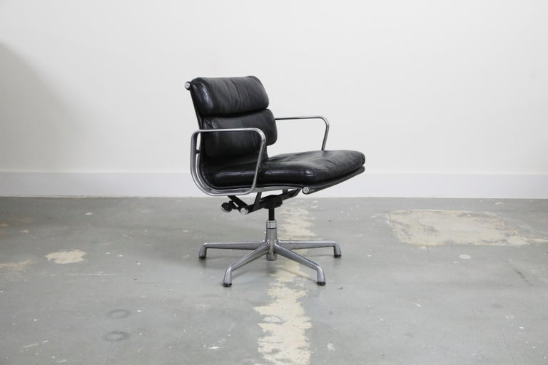 Mid-Century Modern Pair of Charles Eames for Herman Miller Leather Soft Pad Swivel Chairs, Signed For Sale