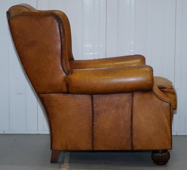 Pair of Chesterfield Tetrad Oskar Aged Tan Brown Leather Buttoned Armchairs For Sale 5