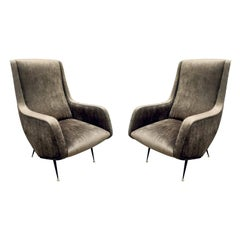 Pair of Chic and Sculptural Italian Lounge Chairs, 1950s