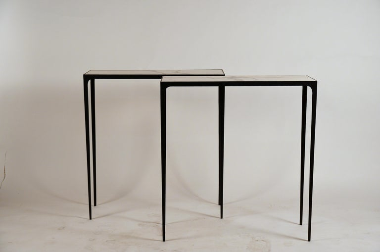 Pair of Chic Wrought Iron and Marble 'Esquisse' Consoles by Design Frères For Sale 6