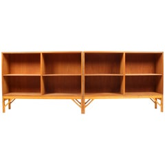 Pair of China Bookcases in Oak by Børge Mogensen, Made in Denmark, 1960s