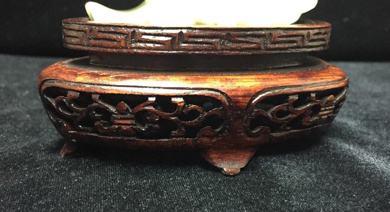 Pair of Chinese Carved Jade Maidens For Sale 3