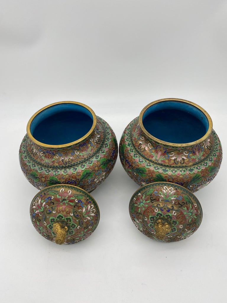 Pair of Chinese Cloisonné Enamel Lidded Open Work Ginger Jars In Good Condition For Sale In Brea, CA
