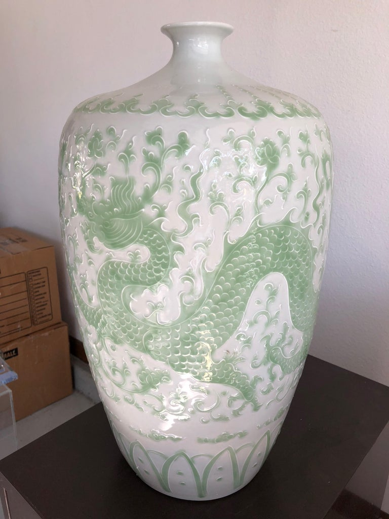 Chinese Export Pair of Chinese Dragon Place size Vases For Sale