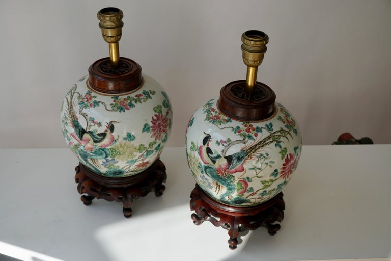 20th Century Pair of Chinese Export Porcelain Painted Ginger Jar Table Lamps with Birds For Sale