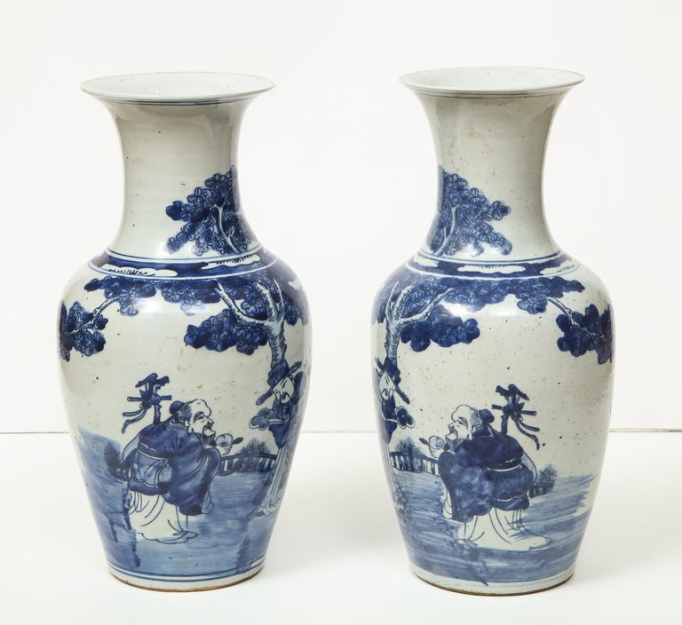 Pair of Chinese Export Vases For Sale 5