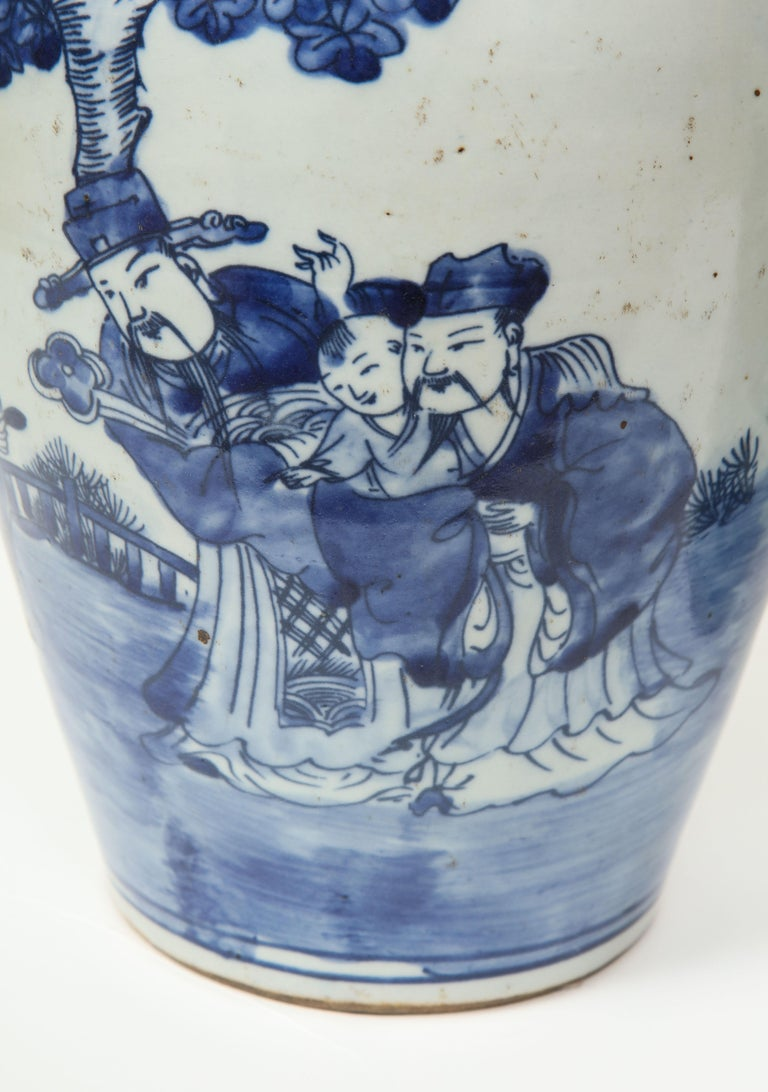Pair of Chinese Export Vases For Sale 2