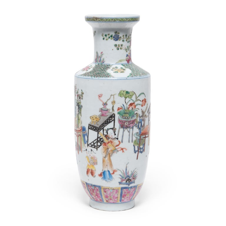 Qing Pair of Chinese Famille Rose Rouleau Vases, c. 1900 For Sale