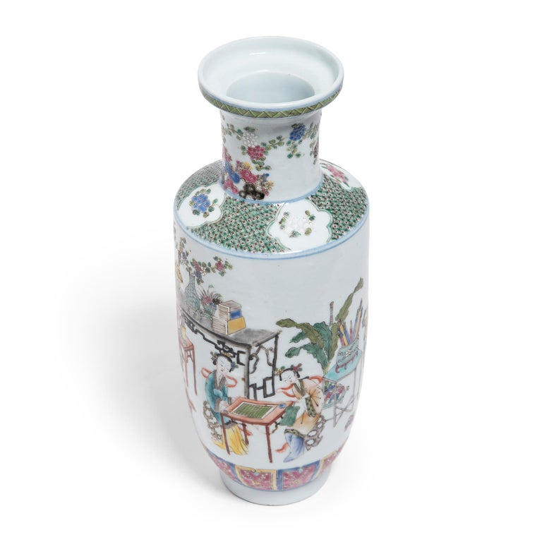 20th Century Pair of Chinese Famille Rose Rouleau Vases, c. 1900 For Sale