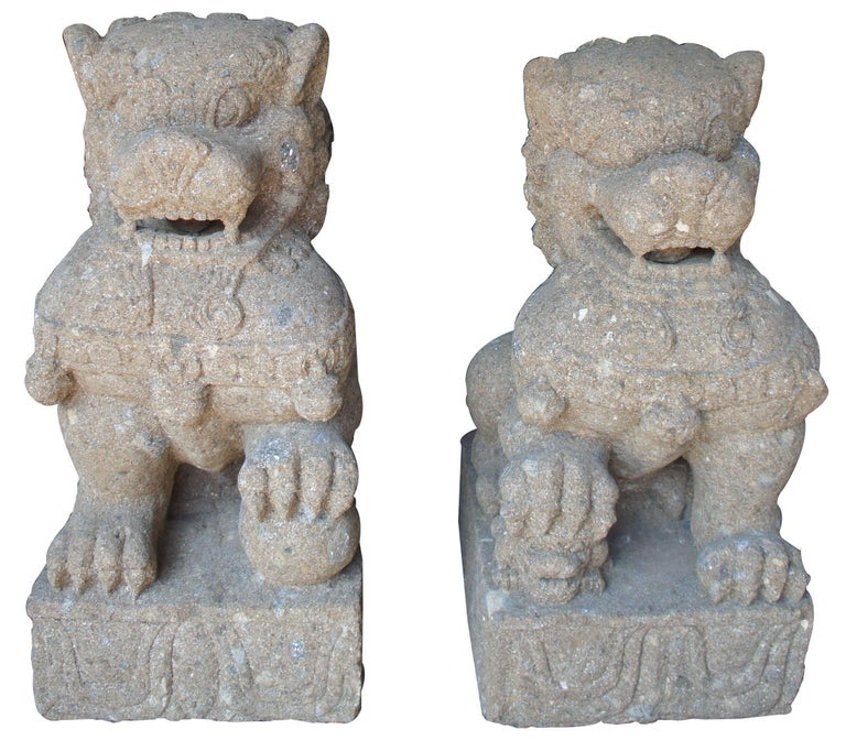 Pair of Chinese foo dogs concrete statue guardians lions stone garden 32