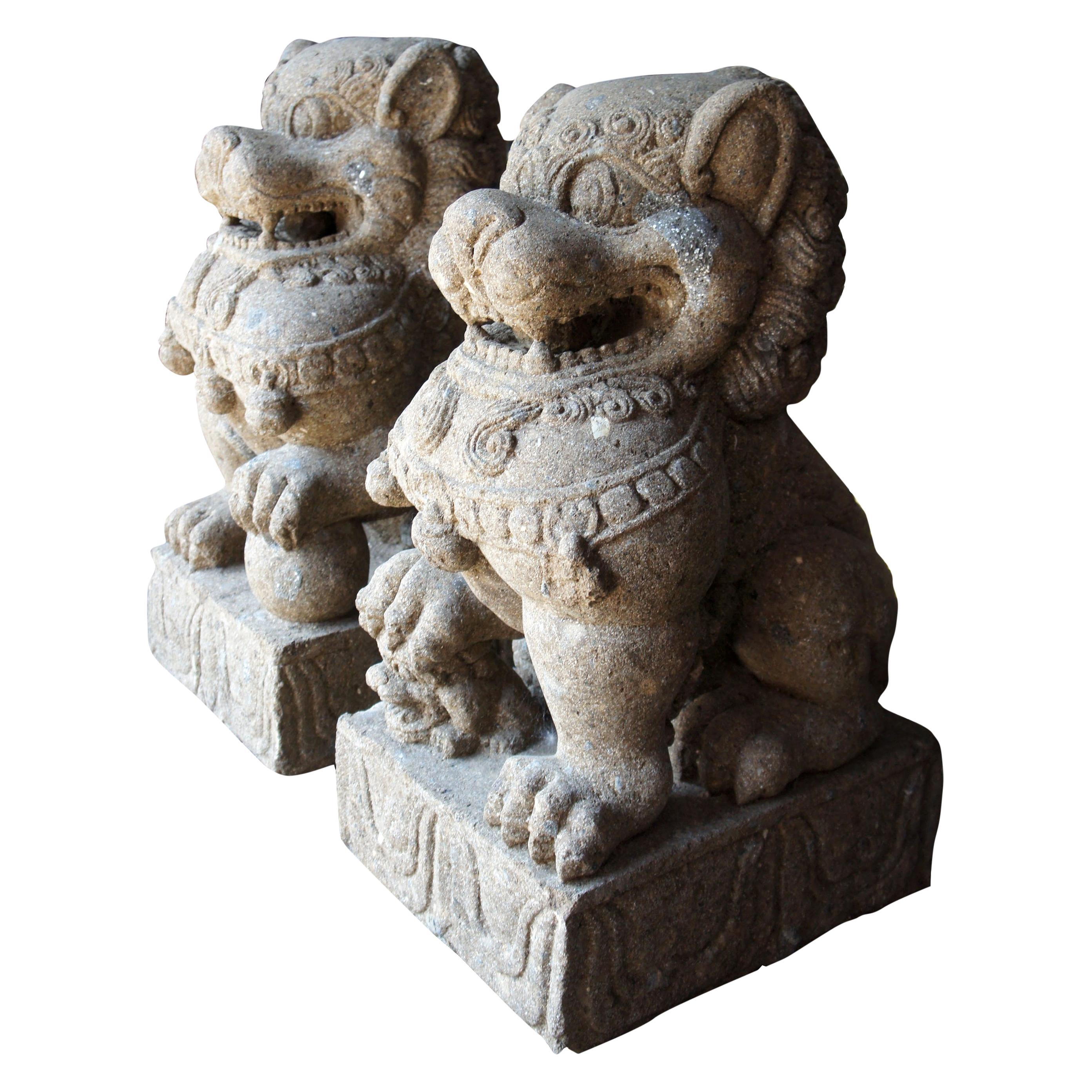 Pair of Chinese Foo Dogs Concrete Statue Guardians Lions Stone Garden