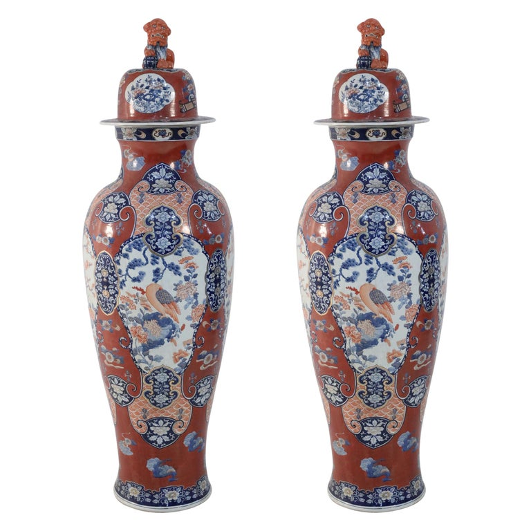 Pair of Chinese Imari-Style Monumental Lidded Porcelain Urns For Sale