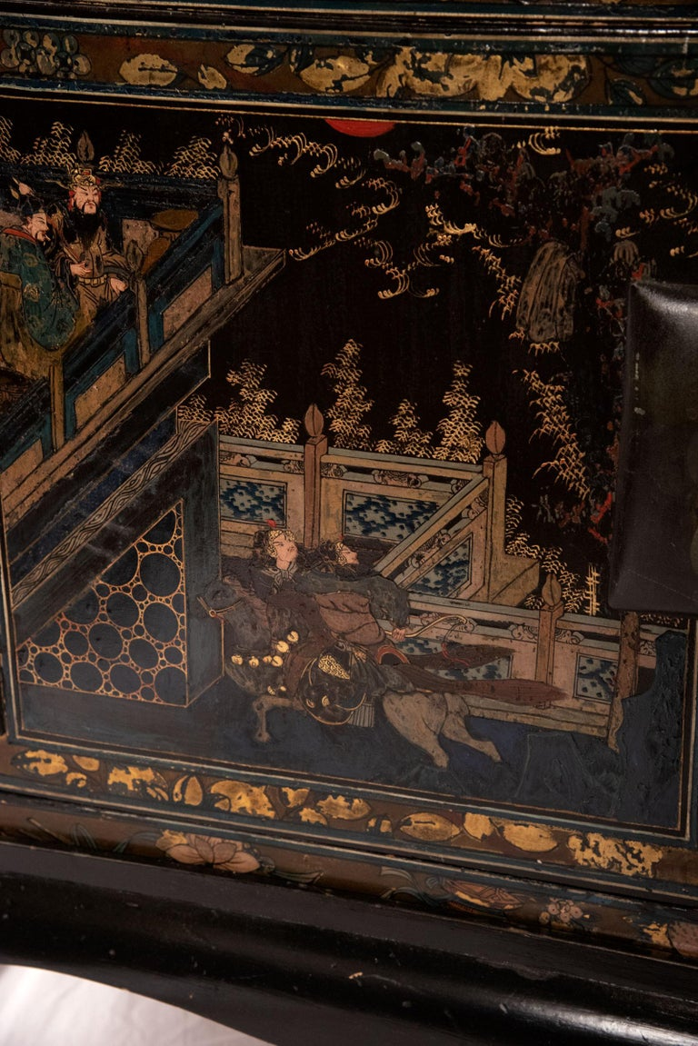 Pair of Chinese Lacquered Side Table Cabinets For Sale 2
