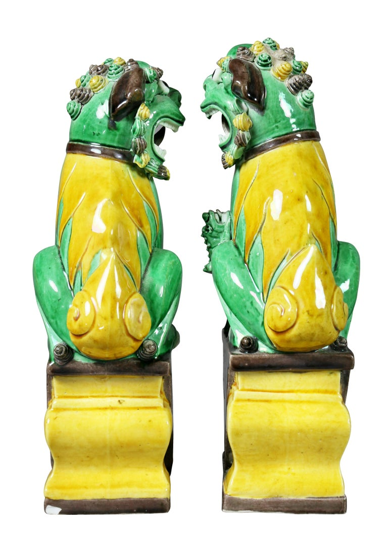 Pair of Chinese Porcelain Foo Dogs For Sale 1