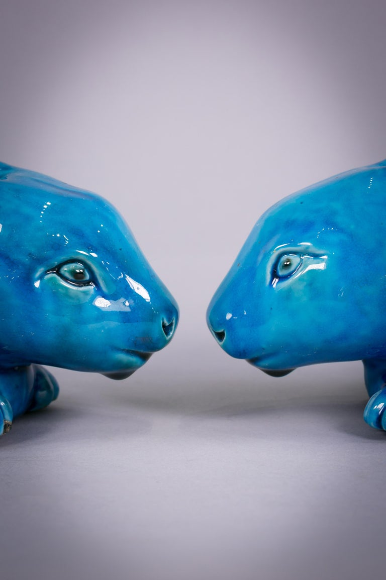 Mid-19th Century Pair of Chinese Porcelain Turquoise Glazed Rabbits, circa 1860 For Sale