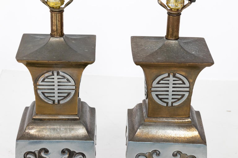 Mid-20th Century Pair of Chinoiserie Style Table Lamps in the Manner of James Mont For Sale