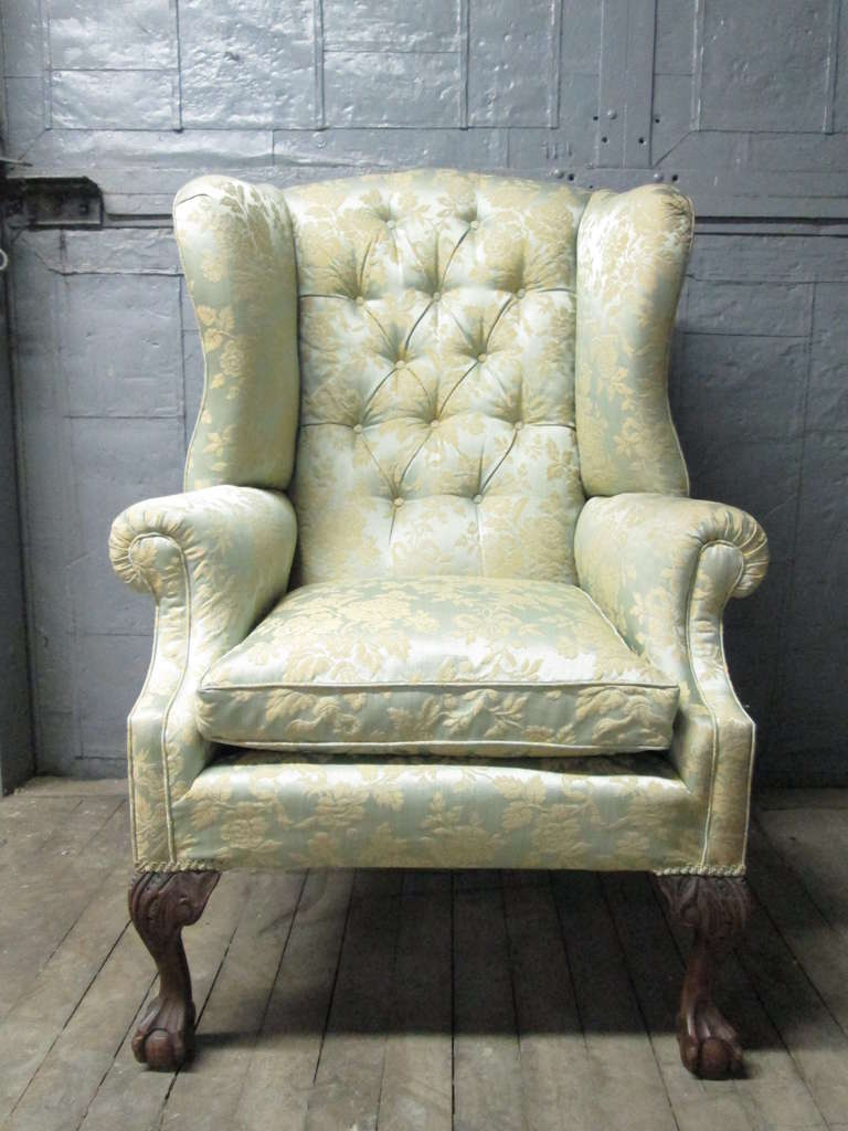 Pair of Chippendale Style Tufted Wingback Chairs In Good Condition For Sale In New York, NY