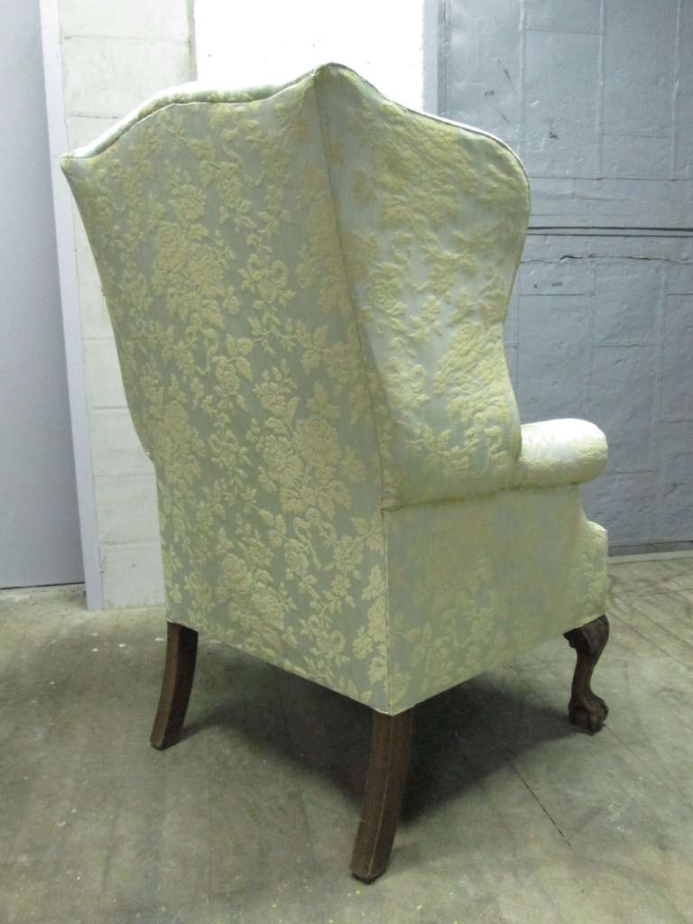 20th Century Pair of Chippendale Style Tufted Wingback Chairs For Sale