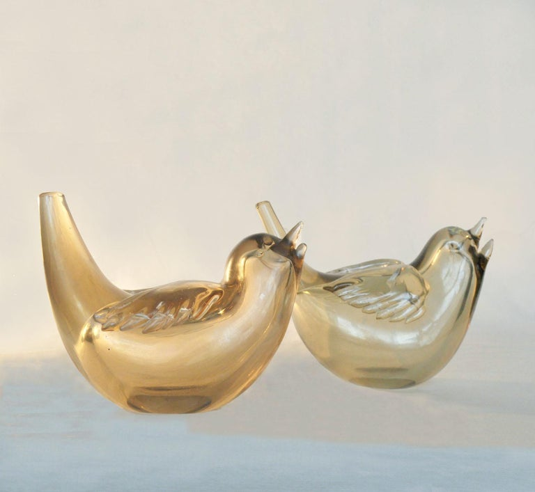 Hand-Crafted Pair of Birds Sculpture Hand Blown Glass by Paolo Venini and Tyra Lundgren For Sale