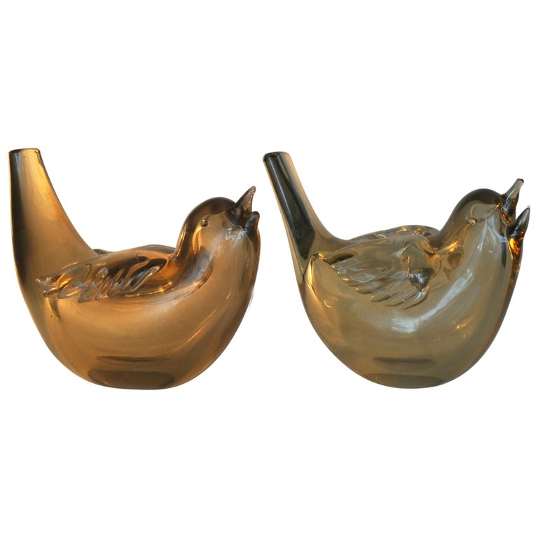 Pair of Chirping Birds, Hand Blown Iridescent Gold Crystal Glass by Paolo Venini For Sale