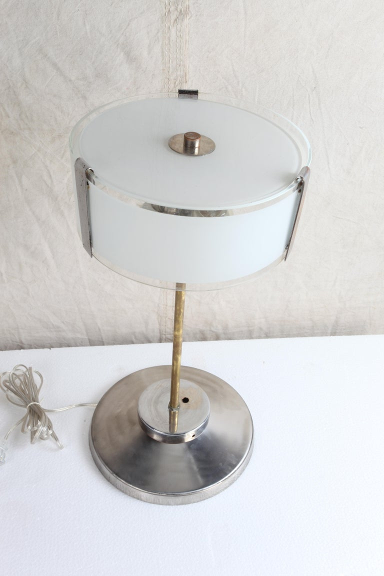 20th Century Pair of Chrome and Frosted Glass Mid-Century Modern Table Lamps For Sale