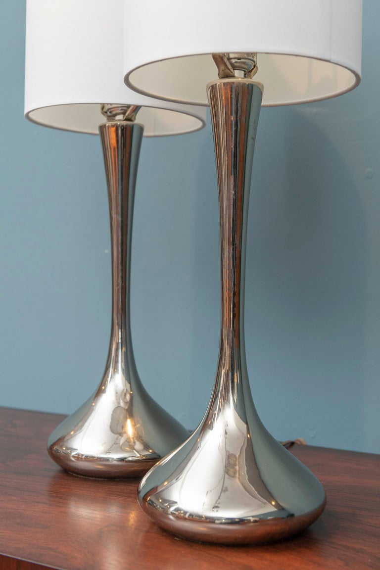 Mid-20th Century Pair of Chrome Table Lamps by Laurel For Sale