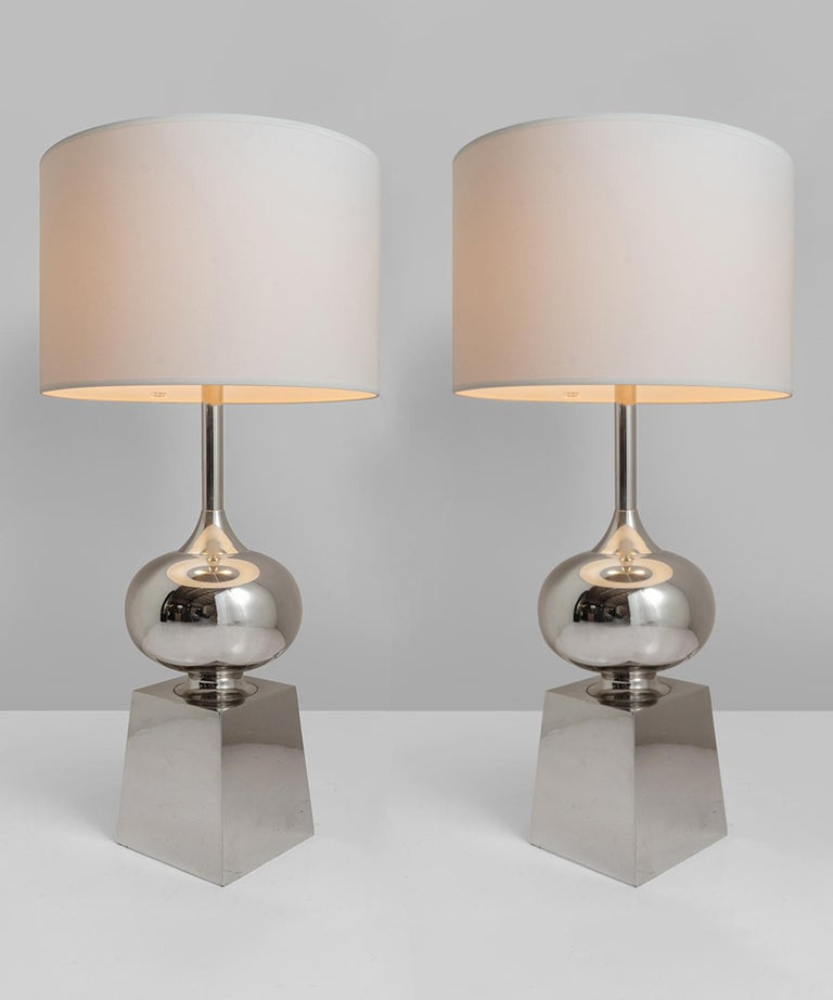 Dynamic form, with new linen shade.