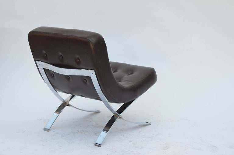 Plated Pair of Chromed Italian 1970s Slipper Chairs For Sale