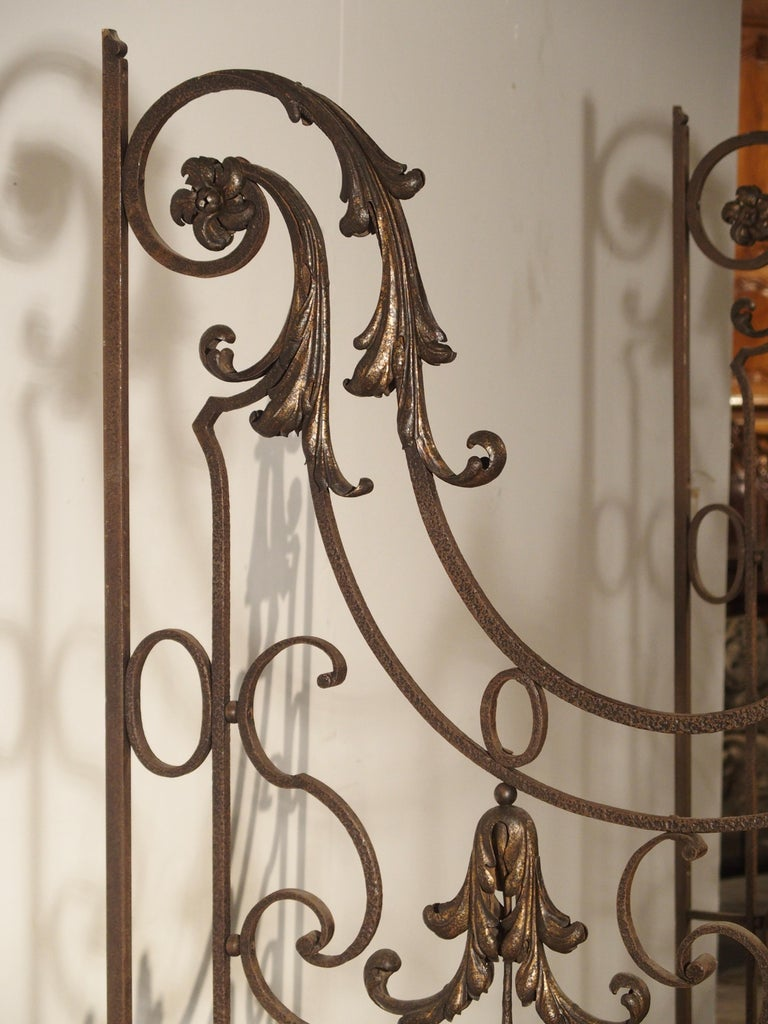 Pair of circa 1800 French Wrought Iron Gates For Sale 10
