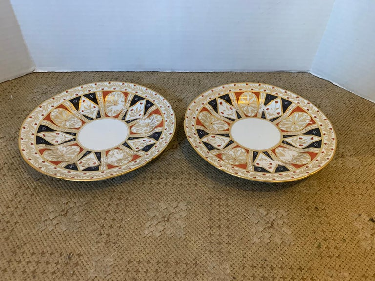 Pair of circa 1810 English Coalport Porcelain Plates with Gilt Detailing For Sale 1