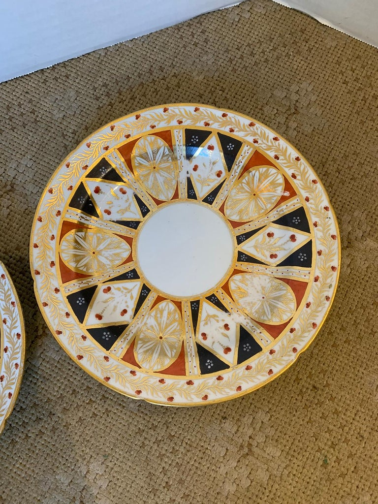 Pair of circa 1810 English Coalport Porcelain Plates with Gilt Detailing For Sale 3