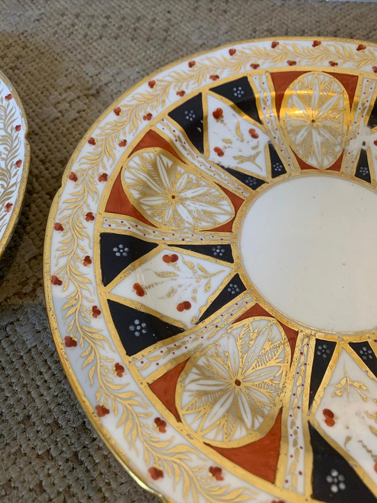 Pair of circa 1810 English Coalport Porcelain Plates with Gilt Detailing For Sale 5