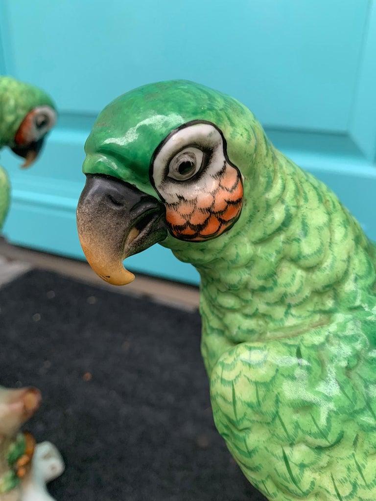 Pair of  Circa 1880s Edme Samson French Glazed Porcelain Parrots on Trunks For Sale 7