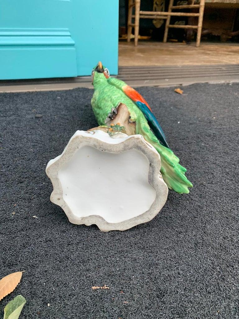 Pair of  Circa 1880s Edme Samson French Glazed Porcelain Parrots on Trunks For Sale 12