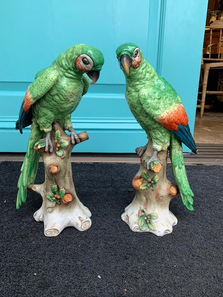 Pair of  Circa 1880s Edme Samson French Glazed Porcelain Parrots on Trunks In Good Condition For Sale In Atlanta, GA