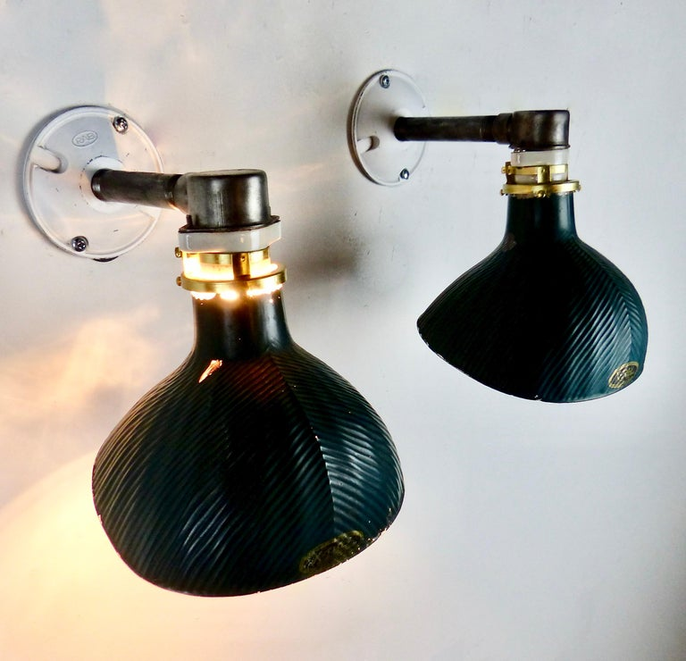 Pair of circa 1920 X-Ray Mercury Wall-Mounted Sconces In Good Condition For Sale In Surrey, BC