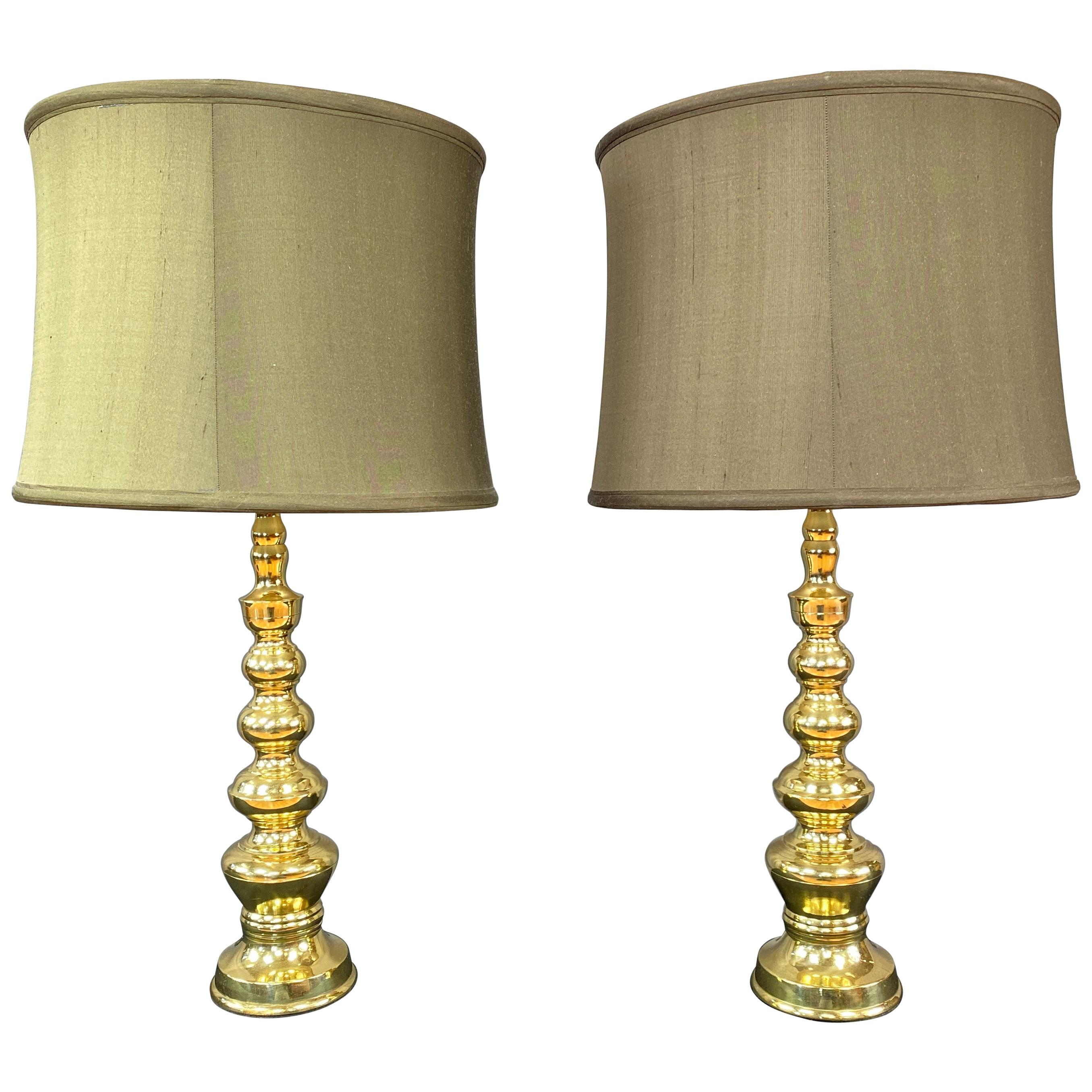 Pair of circa 1970s Vintage Polished Brass Lamps, Japan, Hollywood Regency