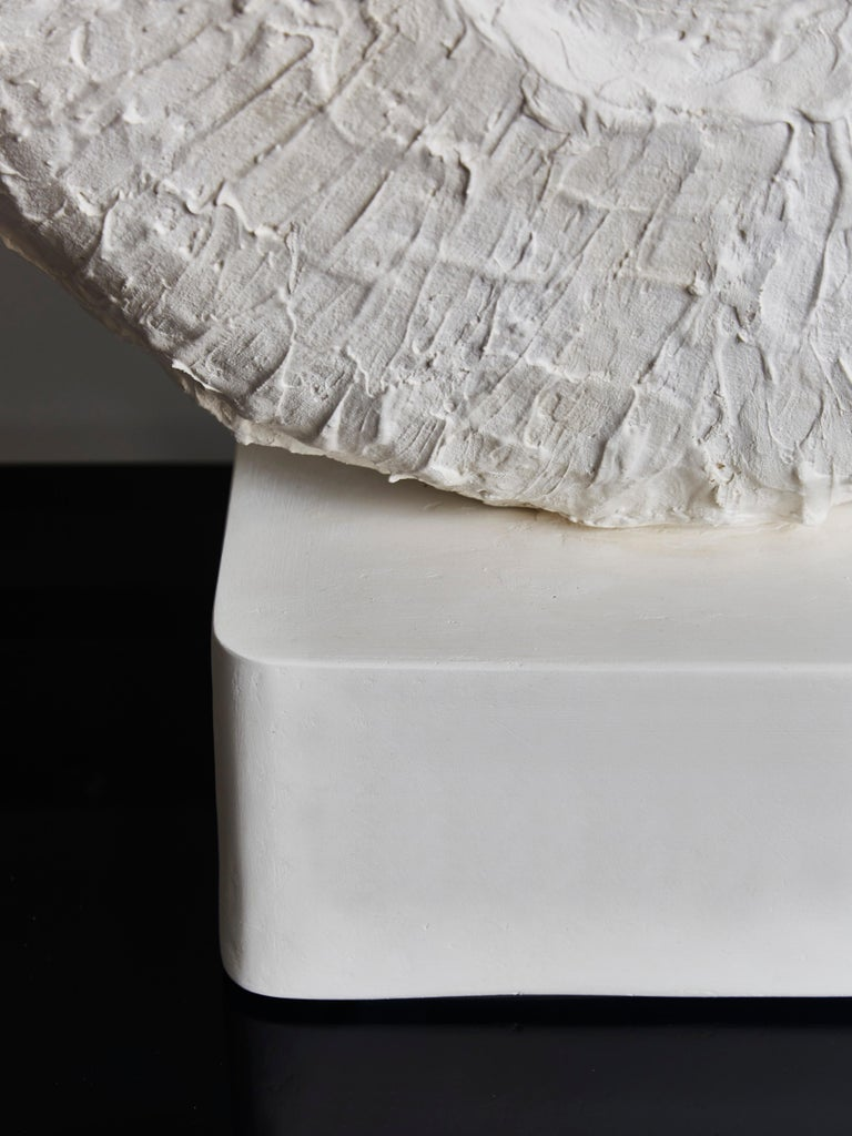 Pair of Circular Plaster Table Lamps For Sale 1