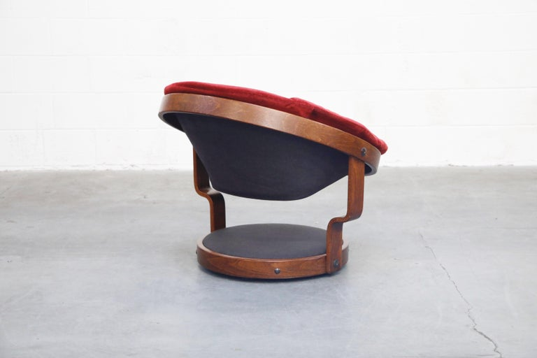 Pair of Circular Swivel Lounge Chairs by Oddmund Vad, 1970s, Signed For Sale 3