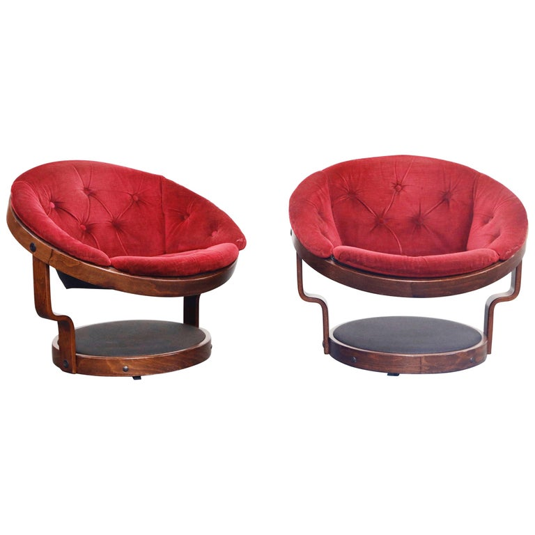 Pair of Circular Swivel Lounge Chairs by Oddmund Vad, 1970s, Signed For Sale