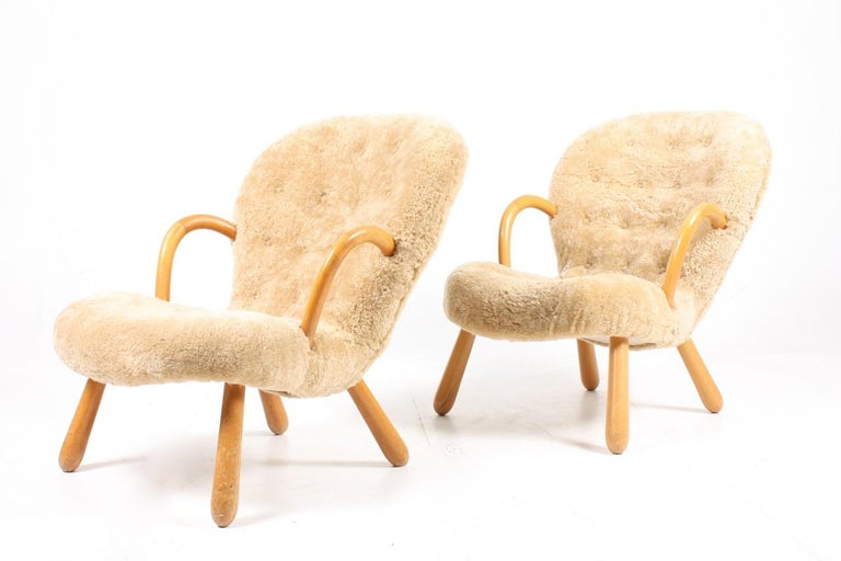 Mid-20th Century Pair of Vintage Clam Chairs by Philip Arctander, Danish modern 1940s