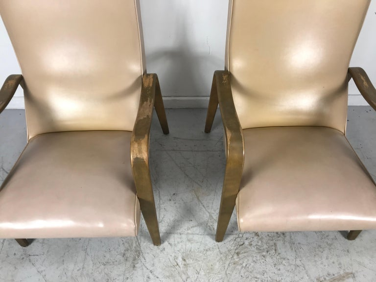 Pair of Classic Mid-Century Modern Bentwood Lounge Chairs by Thonet For Sale 2