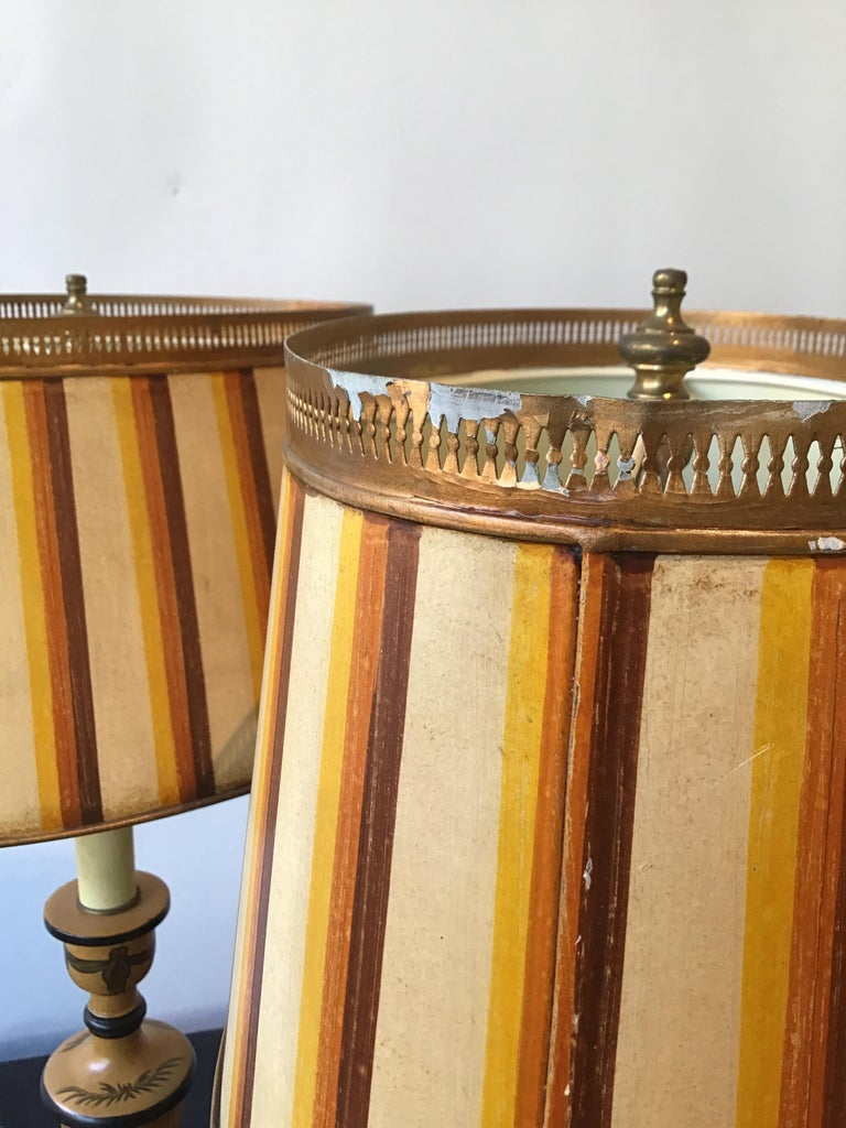 Pair of Classical Tole Lamps For Sale 6