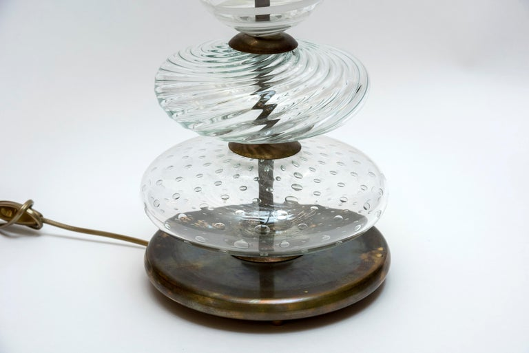 Mid-Century Modern Pair of Clear and Swirled Murano Glass Table Lamps For Sale
