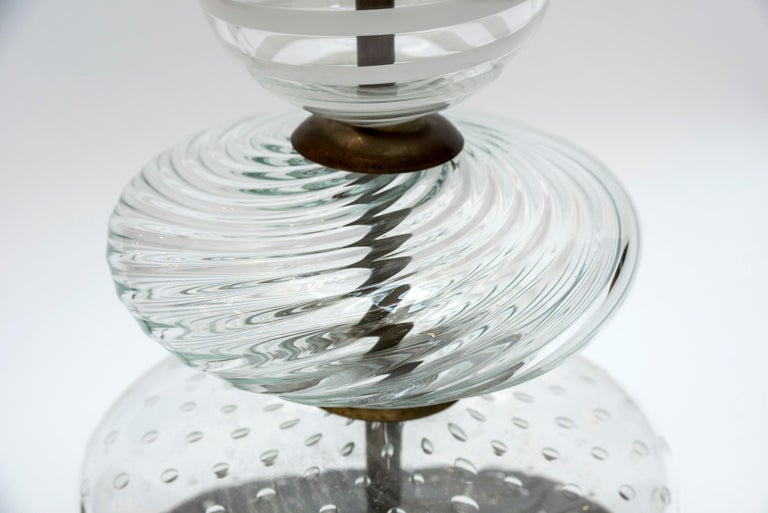 Late 20th Century Pair of Clear and Swirled Murano Glass Table Lamps For Sale