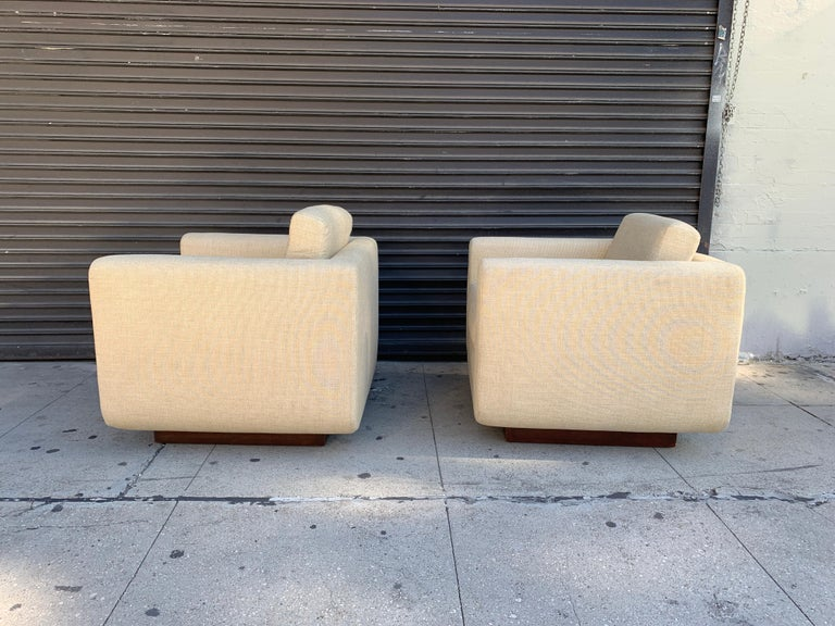 Beautiful pair of club chairs designed and manufactured in the US by Harvey Probber.  These chairs have great proportions, they are very confortable and they are in very good condition, very little wear to frames and fabric.  Measurements: 31