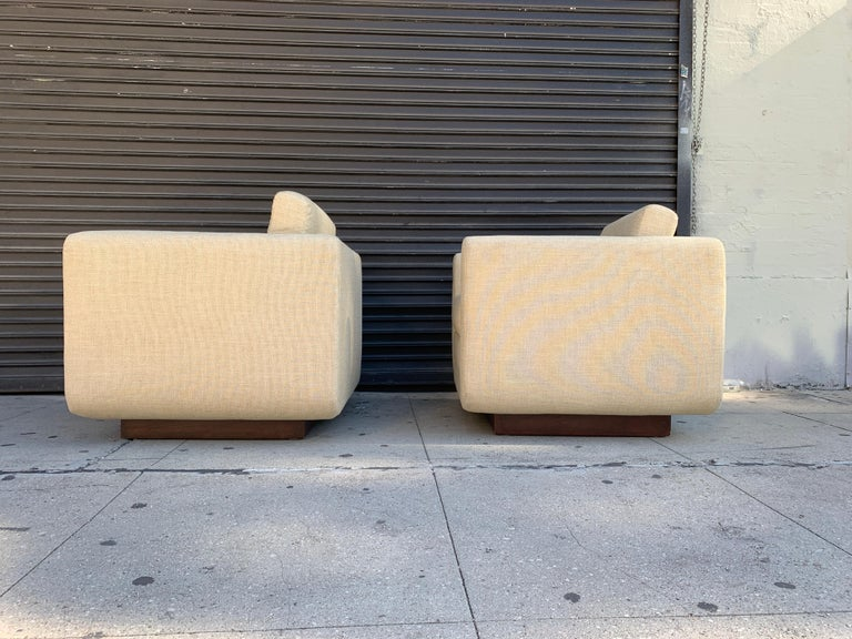 Pair of Club Chairs on Walnut Plinth by Harvey Probber For Sale 1