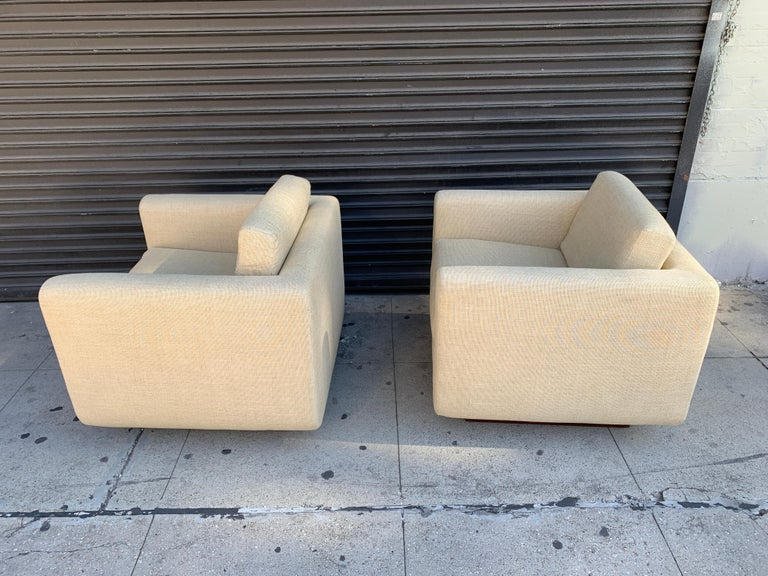 Pair of Club Chairs on Walnut Plinth by Harvey Probber For Sale 3