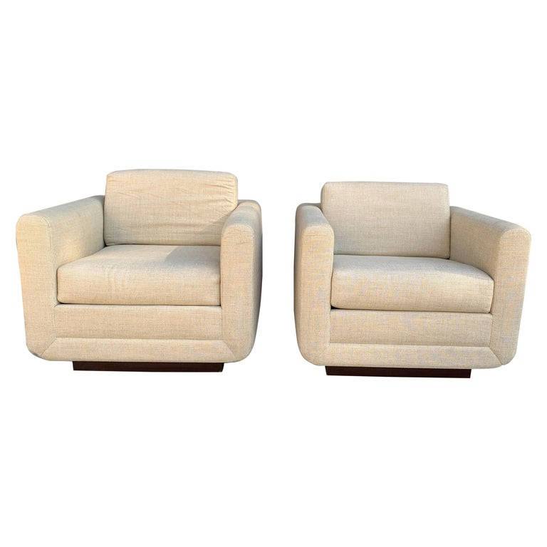 Pair of Club Chairs on Walnut Plinth by Harvey Probber For Sale