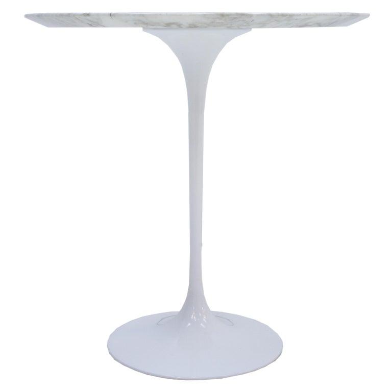 Mid-Century Modern Pair of Coffee Tables Model